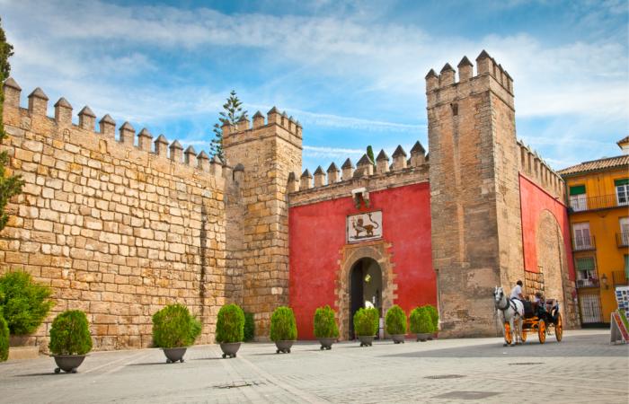 Royal-alcazar-seville-tour