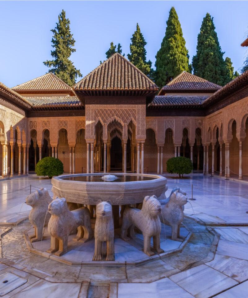 monumento-alhambra-entrada